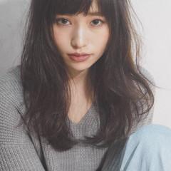 ロング 外国人風 黒髪 ピュア ヘアスタイルや髪型の写真・画像