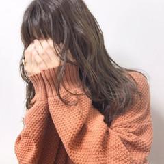 セミロング ベージュ 福岡市 ヘアカラー ヘアスタイルや髪型の写真・画像