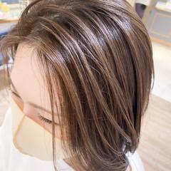 極細ハイライト ハイライト ミディアム 白髪染め ヘアスタイルや髪型の写真・画像