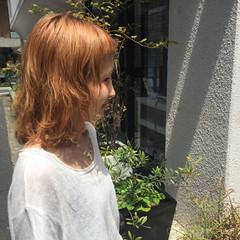 オレンジベージュ ショートバング ボブ オレンジ ヘアスタイルや髪型の写真・画像