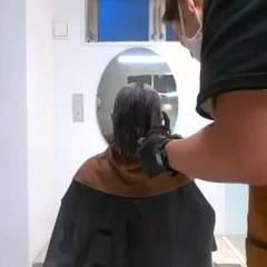 ショートボブ 切りっぱなしボブ インナーカラー ボブ ヘアスタイルや髪型の写真・画像