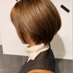 丸みショート ハンサムショート ベージュ ショート ヘアスタイルや髪型の写真・画像