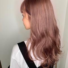 ピンクカラー フェミニン エクステ ロング ヘアスタイルや髪型の写真・画像