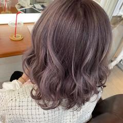 小顔ヘア ガーリー ハイトーンカラー ハイトーン ヘアスタイルや髪型の写真・画像