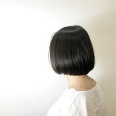 フェミニン ショートボブ ゆるふわ デート ヘアスタイルや髪型の写真・画像