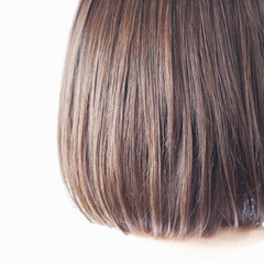 アッシュグレージュ グレージュ ナチュラル ミディアム ヘアスタイルや髪型の写真・画像