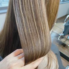 トリートメント 髪質改善トリートメント 美髪 ミディアム ヘアスタイルや髪型の写真・画像