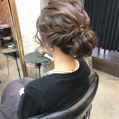 エレガント ヘアアレンジ セミロング 成人式 ヘアスタイルや髪型の写真・画像