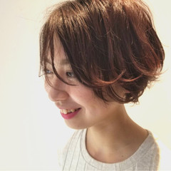 透明感 イルミナカラー ハンサムショート アディクシーカラー ヘアスタイルや髪型の写真・画像