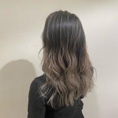グラデーションカラー ホワイティベージュ ロング ハイライト ヘアスタイルや髪型の写真・画像