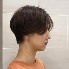 ショートヘア 黒髪 ハンサムショート ナチュラル ヘアスタイルや髪型の写真・画像