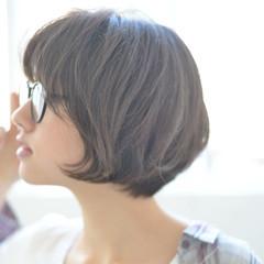 前下がり ショートボブ ボブ ナチュラル ヘアスタイルや髪型の写真・画像