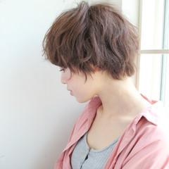 パーマ リラックス ナチュラル アッシュ ヘアスタイルや髪型の写真・画像