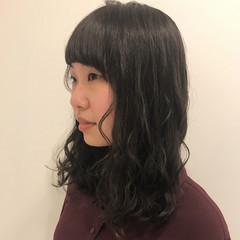 透明感 ミディアム ナチュラル アメジスト ヘアスタイルや髪型の写真・画像