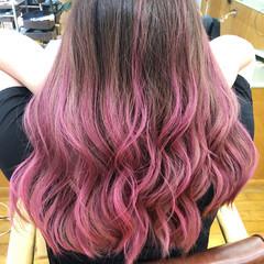 セミロング 外国人風カラー グラデーションカラー ピンク ヘアスタイルや髪型の写真・画像