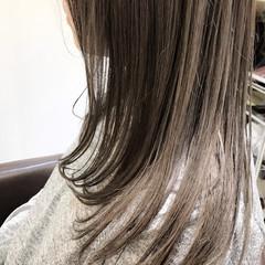 ナチュラル アッシュグレージュ n. グレージュ ヘアスタイルや髪型の写真・画像