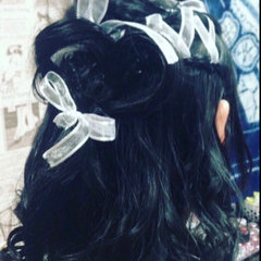 インナーカラー ショートヘア セミロング ベリーショート ヘアスタイルや髪型の写真・画像