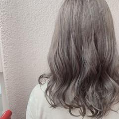 セミロング 外国人風カラー フェミニン デート ヘアスタイルや髪型の写真・画像