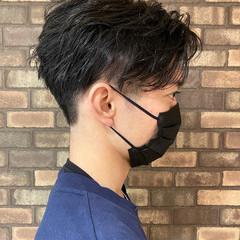ショート メンズ ナチュラル ツーブロック ヘアスタイルや髪型の写真・画像