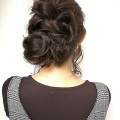 ヘアアレンジ 簡単ヘアアレンジ 結婚式 セミロング ヘアスタイルや髪型の写真・画像