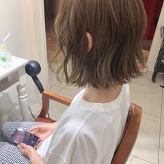 ショートヘア インナーカラー ボブ ナチュラル ヘアスタイルや髪型の写真・画像