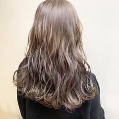 デート 外国人風カラー セミロング ダブルカラー ヘアスタイルや髪型の写真・画像