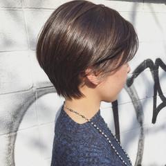 ストリート 似合わせ かき上げ前髪 耳かけ ヘアスタイルや髪型の写真・画像
