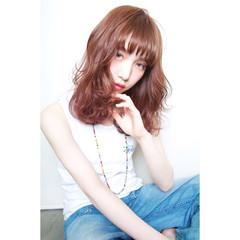 フェミニン ガーリー 大人かわいい レイヤーカット ヘアスタイルや髪型の写真・画像