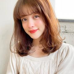 シースルーバング ひし形シルエット セミロング デジタルパーマ ヘアスタイルや髪型の写真・画像