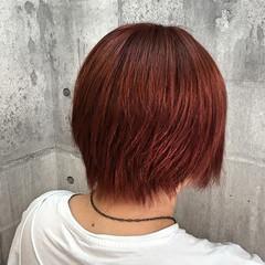 ストリート ピンク レッド ダブルカラー ヘアスタイルや髪型の写真・画像