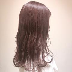 ピンクラベンダー フェミニン ブリーチ無し ロング ヘアスタイルや髪型の写真・画像