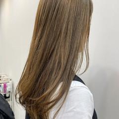 ナチュラルベージュ ヌーディーベージュ ベージュ ブラウンベージュ ヘアスタイルや髪型の写真・画像