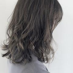 透明感カラー グレージュ ミディアム 大人ハイライト ヘアスタイルや髪型の写真・画像