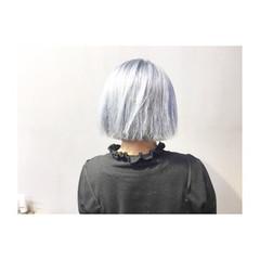 ネイビー ストリート ホワイトアッシュ アッシュ ヘアスタイルや髪型の写真・画像