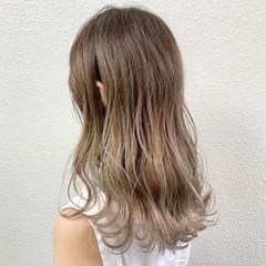 ミルクティーベージュ ブリーチ ミルクティー グレージュ ヘアスタイルや髪型の写真・画像