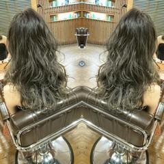 グラデーションカラー 渋谷系 ロング 外国人風 ヘアスタイルや髪型の写真・画像