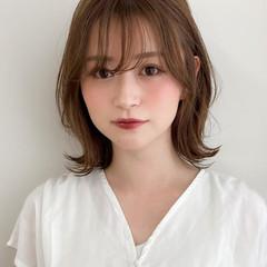 ひし形シルエット アンニュイほつれヘア くびれボブ フェミニン ヘアスタイルや髪型の写真・画像