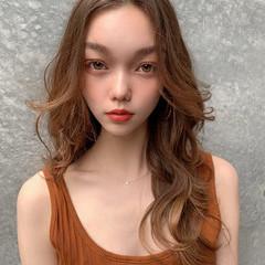 レイヤーロングヘア レイヤースタイル レイヤーヘアー レイヤー ヘアスタイルや髪型の写真・画像