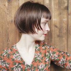 ナチュラル ウェットヘア ショートボブ ショート ヘアスタイルや髪型の写真・画像