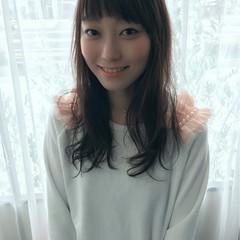アッシュ 外国人風 大人かわいい 前髪あり ヘアスタイルや髪型の写真・画像