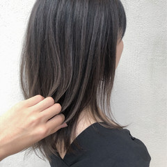 切りっぱなしボブ 簡単ヘアアレンジ ミディアム インナーカラー ヘアスタイルや髪型の写真・画像