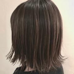 簡単ヘアアレンジ ハイライト ボブ 切りっぱなし ヘアスタイルや髪型の写真・画像