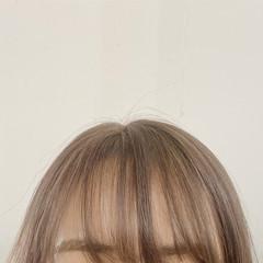 ミニボブ ミルクティーベージュ 透明感カラー シアーベージュ ヘアスタイルや髪型の写真・画像