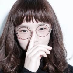 モード 暗髪 オン眉 ミディアム ヘアスタイルや髪型の写真・画像