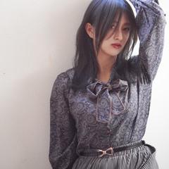 ウルフレイヤー セミロング 暗髪 ネイビー ヘアスタイルや髪型の写真・画像