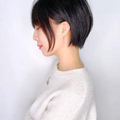 ナチュラル 耳かけ 大人かわいい ショート ヘアスタイルや髪型の写真・画像