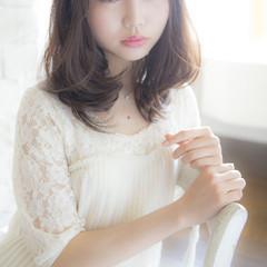 フェミニン 大人かわいい 前髪あり セミロング ヘアスタイルや髪型の写真・画像