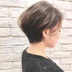 ウェーブ ショート ゆるふわ 抜け感 ヘアスタイルや髪型の写真・画像
