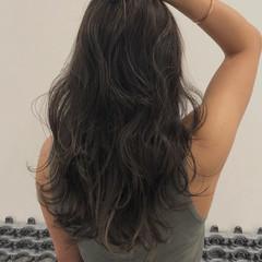 バレイヤージュ コントラストハイライト ハイライト アンニュイほつれヘア ヘアスタイルや髪型の写真・画像