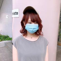 コーラルピンク フェミニン 透明感カラー 透明感 ヘアスタイルや髪型の写真・画像